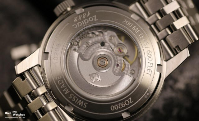 Zodiac_Sea-Wolf_Silver_Dial_Caseback_2015
