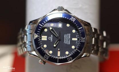 Omega_Seamaster_Professional_Diver_300_Bond_Laser_Front_ZRH_Exhibition_2015
