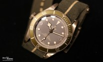 Tudor_Heritage_Black_Bay_Bronze_LH_Onlywatch_Frontal_3_NY_2017