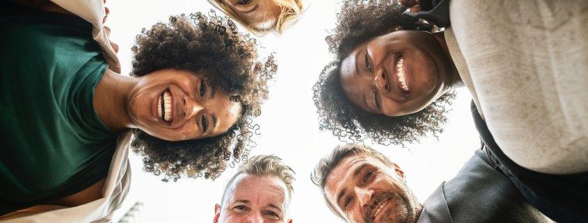 5 medidas diversidad cultural emrpesas empresasquesuman
