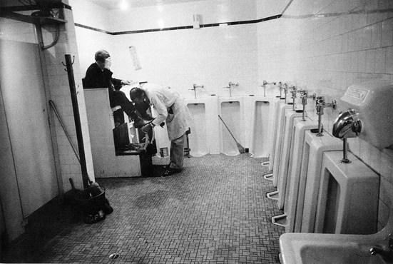 Servicio de caballeros estación tren Memphis Tennessee | Robert Frank