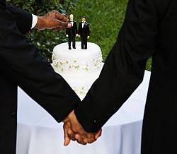 Na Austrália, as uniões civis entre pessoas do mesmo sexo são legais em alguns estados, mas não são reconhecidas a nível federal.