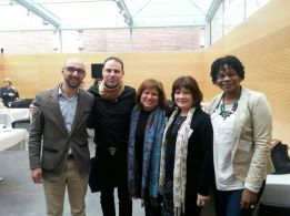 Los miembros del Comité Coordinador Mohamed Azahaf, Mariano Moreno, Julia Martinez y Consulo Cruz con Alicia Vanni, participante paraguaya en el Seminario