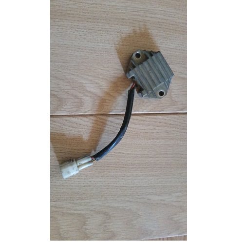 Regulador de corriente yamaha x-max 125/250 para moto