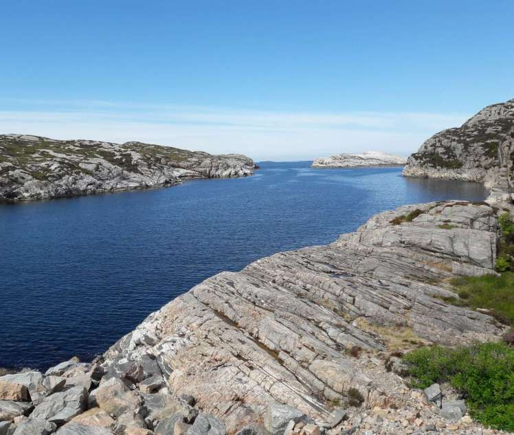 Sund, berg, himmel, (Discover Local Diving)