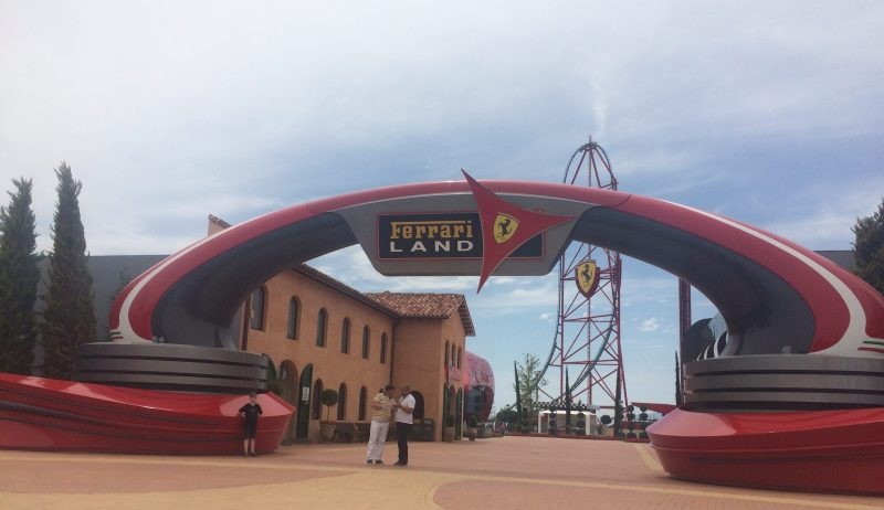 Entrada de Ferrari Land