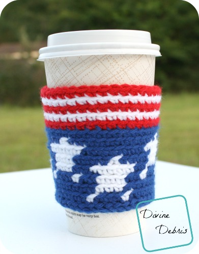 Stars and Stripes travel mug cozy crochet pattern by DivineDebris.com