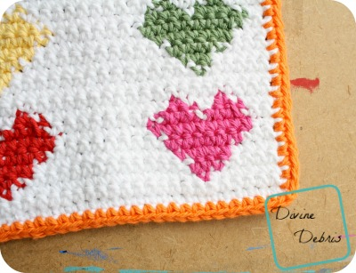 Pretty Hearts Hot Pad free crochet pattern by DivineDebris.com