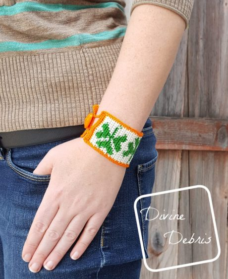 You won't get pinched on St. Patrick's Day when you learn to make this fun tapestry crochet Shamrock Bracelet from a free pattern on DivineDebris.com