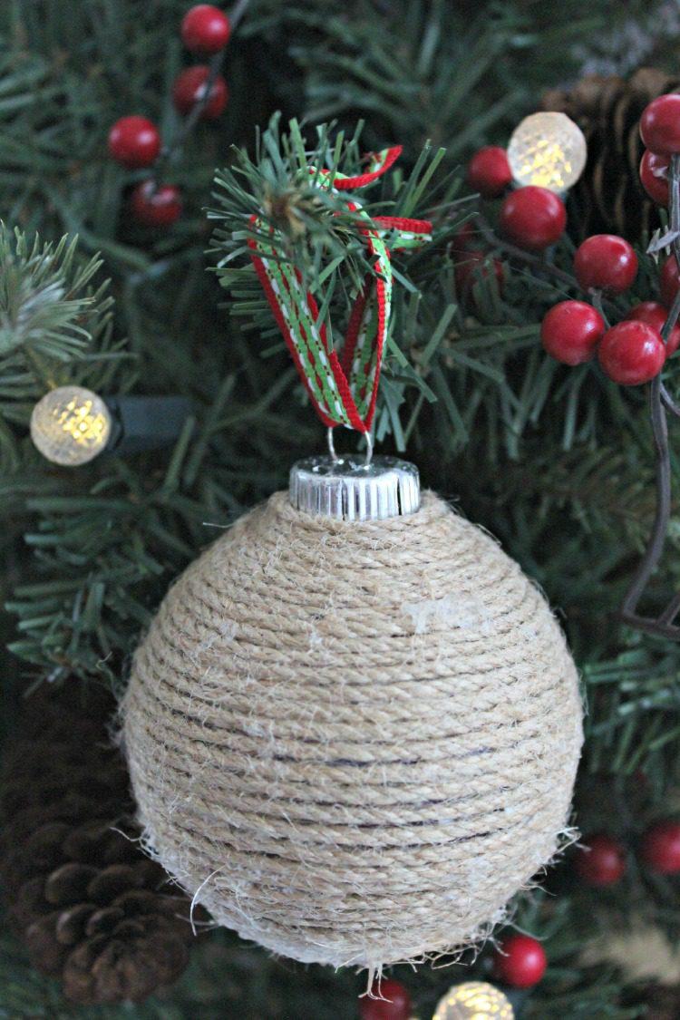 DIY Twine Ornament 1