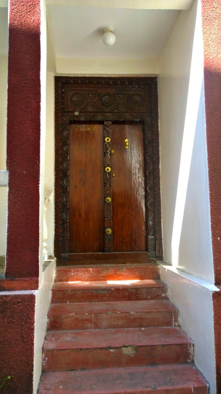 Doors of Zanzibar 8