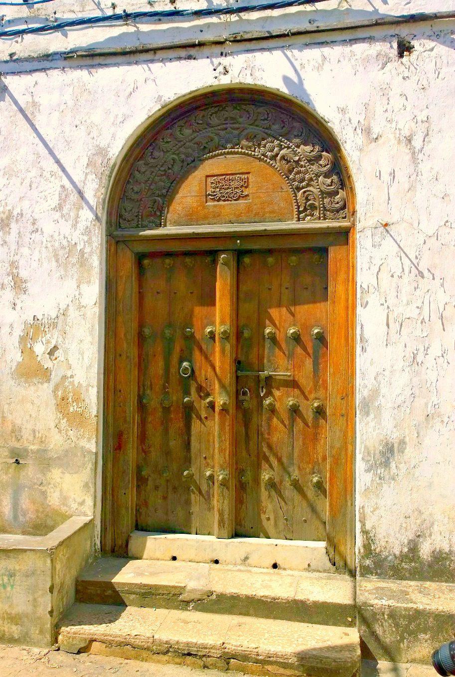 Doors of Zanzibar 9