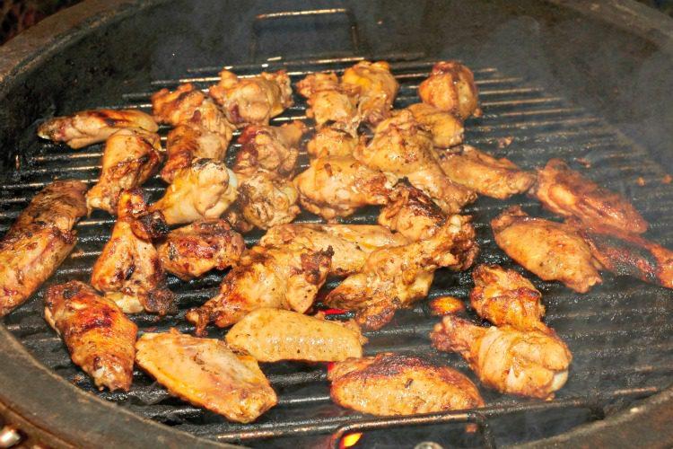 Sweet & Spicy Grilled Buffalo Chicken Wings Recipe