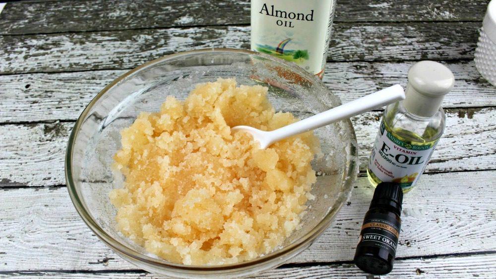 Sweet Orange Lip Scrub Recipe 15