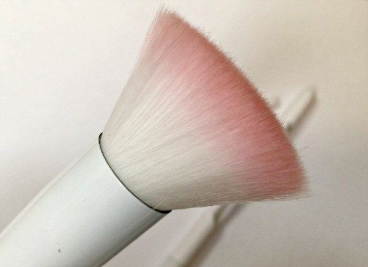 Wet n Wild Makeup Brushes Review ~ DivineLifestyle.com Beauty Blogger