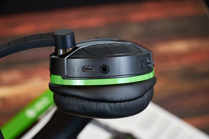 Turtle Beach Stealth 700 Gaming Headset 3