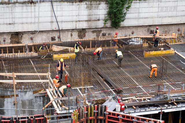 How to Make Sure Construction Projects Run Smoothly