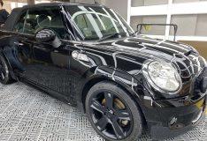 mini cooper black car spray singapore. divine splash divinesplash.com car spray service sg. divine splash