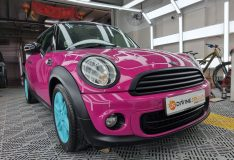 mini cooper pink color. car spray singapore divine splash.com divinesplash.com pink mini . pink car . pink mini cooper singapore