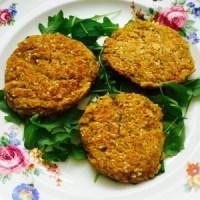 Falafelburgers met wortel en courgette