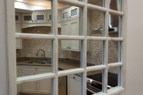 DBR-66_Main-Kitchen-Reflection_1555x1037