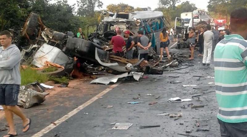 Resultado de imagem para acidente na BR-251