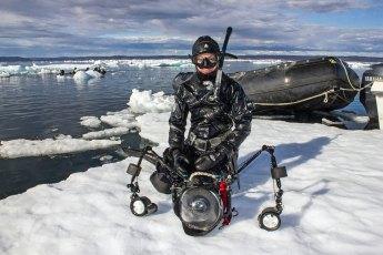 Joanna Lentini diving off Baffin Island, Nunavut. Photo by Jeffrey Gallant © Diving Almanac