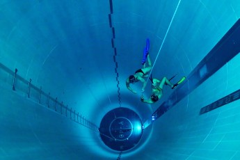 Y-40, the world's deepest pool, at Hotel Terme Millepini. Photo © Y-40 (Facebook | Fair Use)