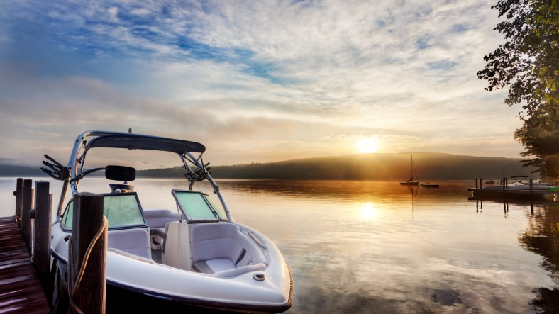 7 Factors to Consider When Buying a Boat 1