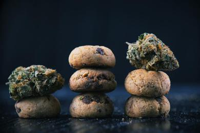 8 Weed Strains That Smell Like Dessert 2