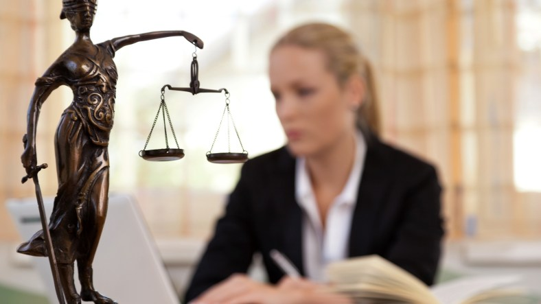 6 Questions to Ask Potential Lawyers Before Hiring 2