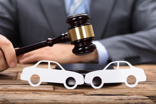 How Can An Accident Lawyer Help Claim Compensation In The Case Of A Car Accident