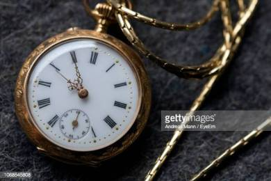 best-selling antique clock