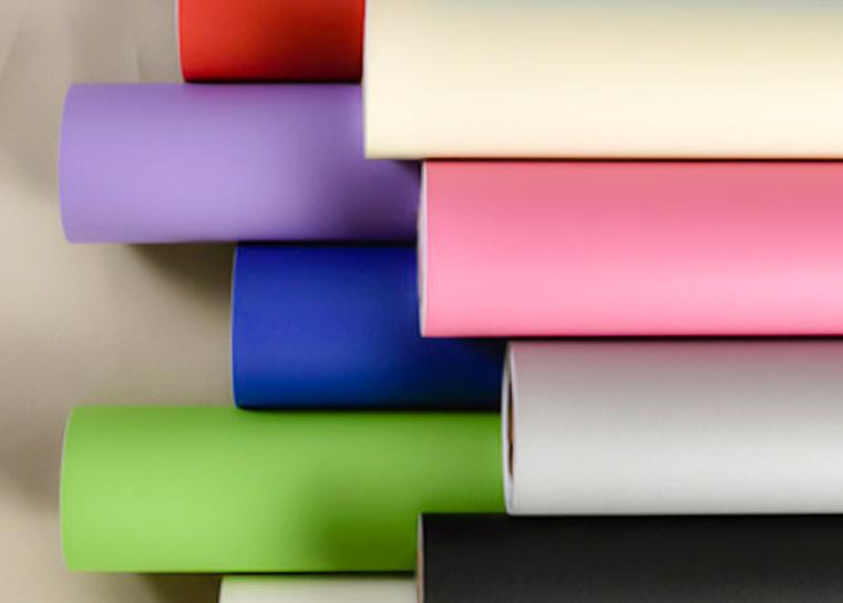 vinilo adhesivo para forrar muebles