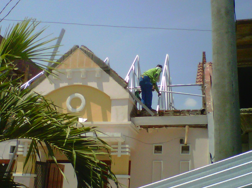 rangka baja ringan bali renovasi rumah kuda kayu kena rayap – distributor ...