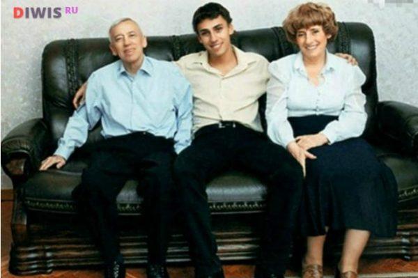 Максим Галкин биография личная жизнь семья жена дети  фото