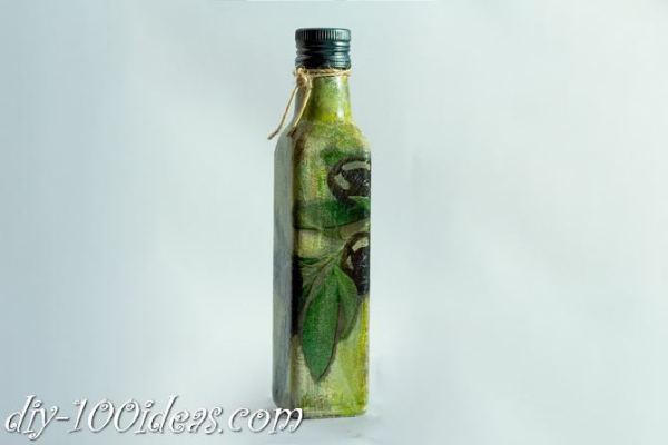 Decoupage Olive oil bottle  (12)