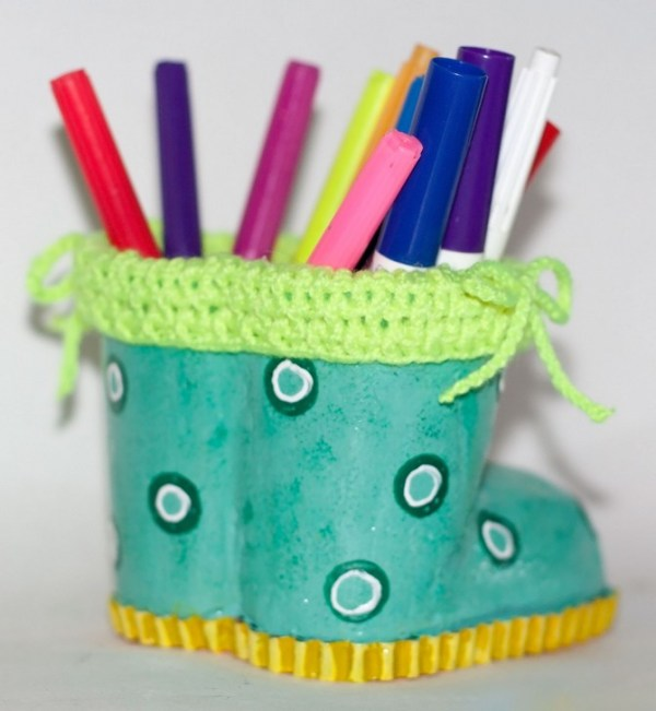 boots pencil holder diy (1)