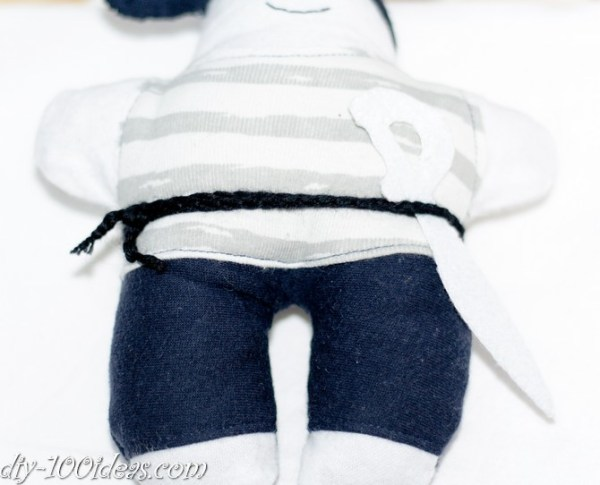 How to sew soft Pirate Doll (7)
