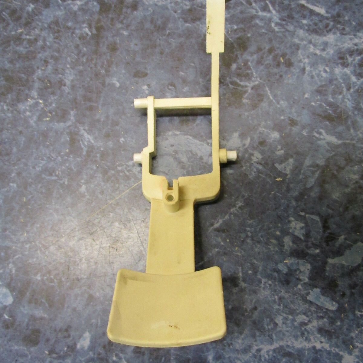 WHIRLPOOL REFRIGERATOR WATER LEVER PART # 2195090T