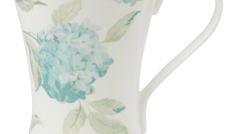 Laura Ashley blue hydrangea mug
