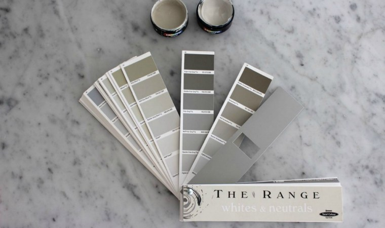 Resene Paint sample pots and fandeck