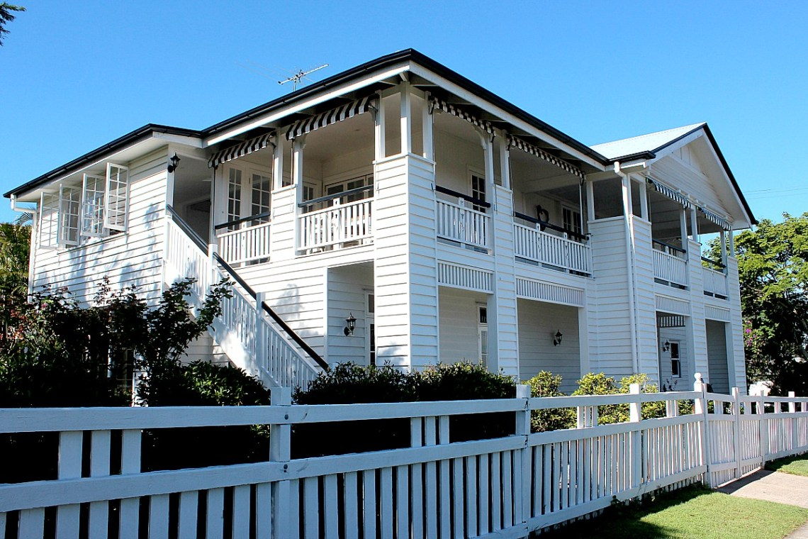 White Queenslander home