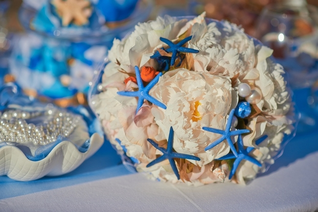 20 Beach Wedding Bouquet Ideas
