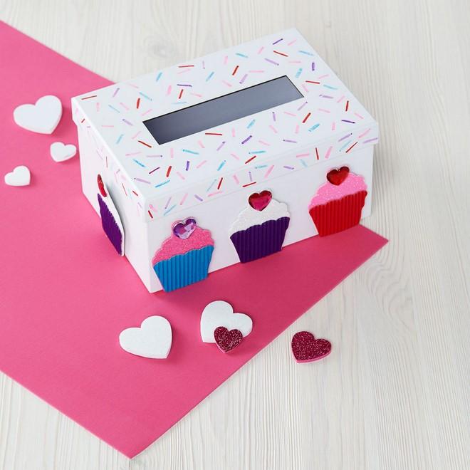 Valentine Decorated Boxes: Valentine Box Decorating Ideas