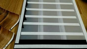 壁紙屋本舗の木目壁紙で無印良品収納ケースをリメイクdiyする方法