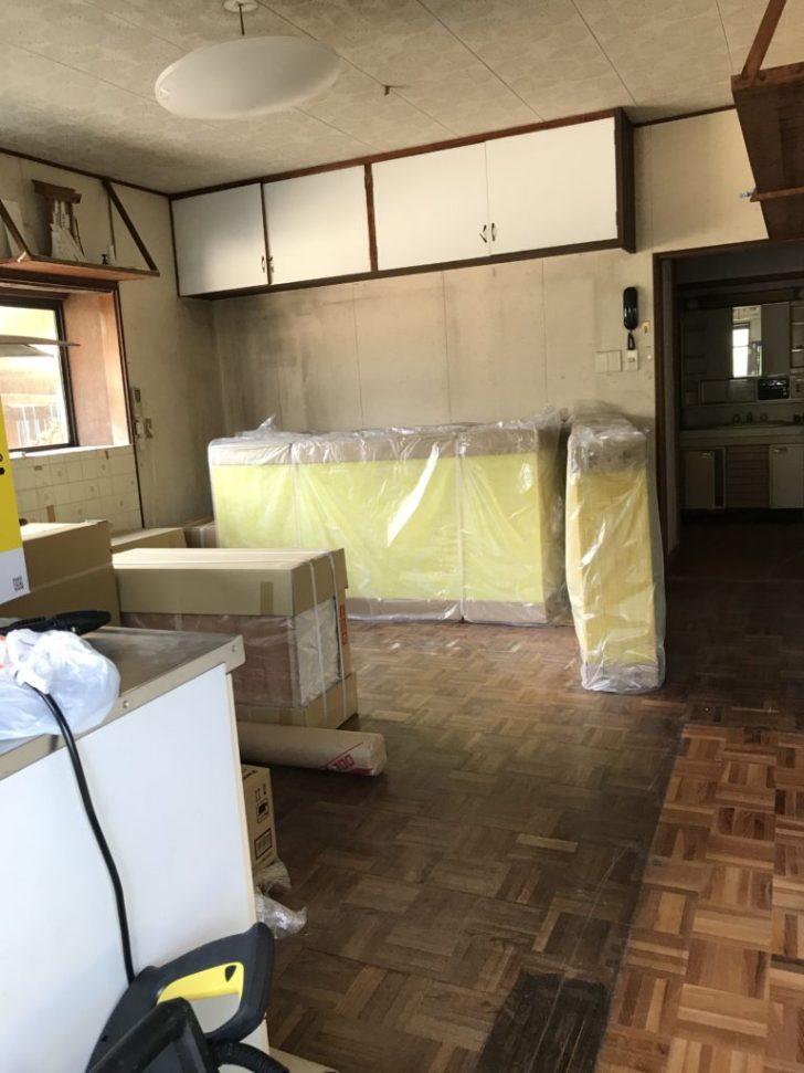 セルフリノベーションする前のキッチン