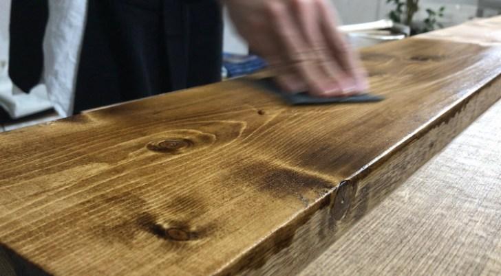 カウンターテーブルの天板をウェット研磨