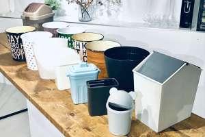 セリア・ダイソーのゴミ箱を全種類並べる