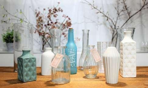 100均ダイソー・セリアの花瓶